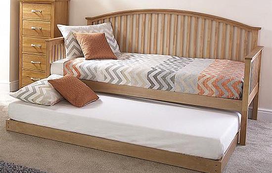 The-Fluffy-Pillow-Company-Beds-Mattress-Pillows-Southend4