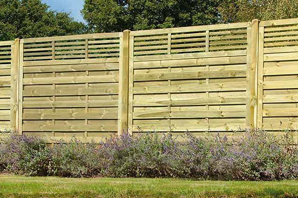 Daws-Heath-Timber-Ltd-Decking-Timber-Trellis-Suppliers-Southend3