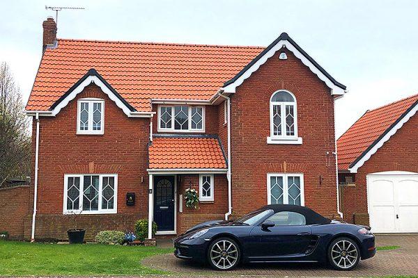 Roofer-southend-Roofing-Tiling-guttering-Essex