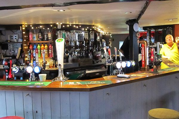 The-Marlborough-Head-Pub-Happy-Hour-Eating-Out-Sports-Restaurant-Southend3
