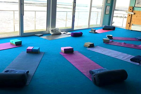 Yoga-At-The-Thames-Yoga-Classes-In-Southend-Healing-Classes-Southend