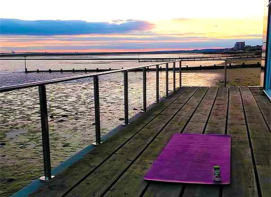 Yoga-At-The-Thames-Yoga-Classes-In-Southend-Healing-Classes-Southend7