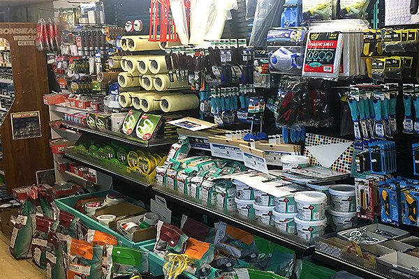 Interior-Decor-Paint-And-Decorating-Shop-Home-Wallpaper-DIY-Southend5-1