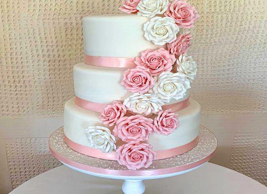 homemade-birthday-cakes-wedding-cakes-Southend-2