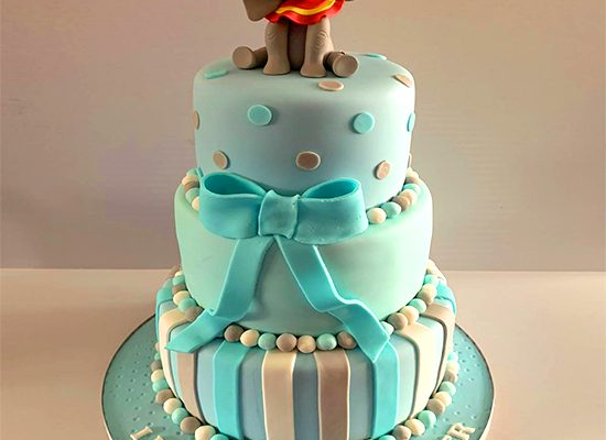 homemade-birthday-cakes-wedding-cakes-Southend-4