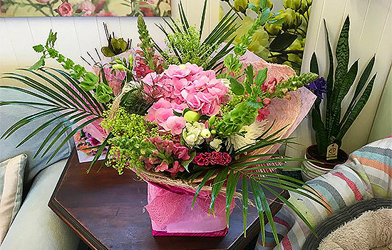Serjeants-Family-Florist-Southend-Wedding-Flowers-Occasional-Flowers-Wreaths-Bouquets-Funeral-Flowers-Gift-Flowers-Free-Delivery-3