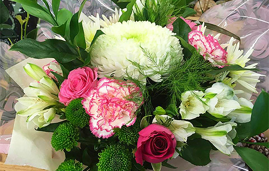 Serjeants-Family-Florist-Southend-Wedding-Flowers-Occasional-Flowers-Wreaths-Bouquets-Funeral-Flowers-Gift-Flowers-Free-Delivery-7