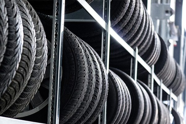 GH-Tyres-Mobile-Tyre-Service-Southend-Punchure-Repairs-Emergency-Tyre-Call-Out-24-Hour-Service2
