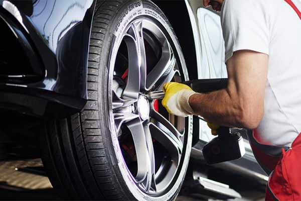 GH-Tyres-Mobile-Tyre-Service-Southend-Punchure-Repairs-Emergency-Tyre-Call-Out-24-Hour-Service3