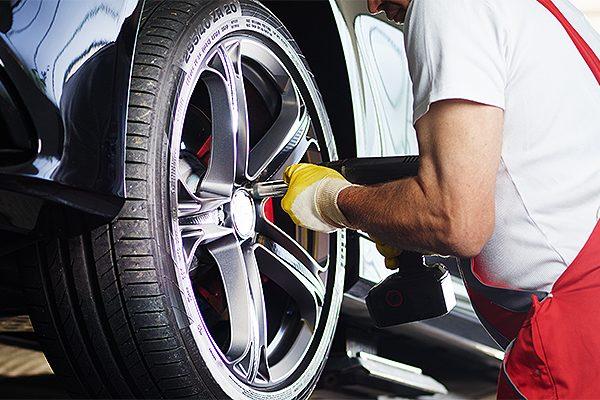 T-Goodwin-Motors-Car-Repairs-Car-Servicing-Vehicle-Diagnostics-Car-MOT-Car-Service-Southend-Essex-1