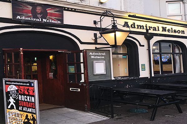 Admiral-Nelson-Pub-Bar-Restaurant-Happy-Hour-Pool-Table-Southend2