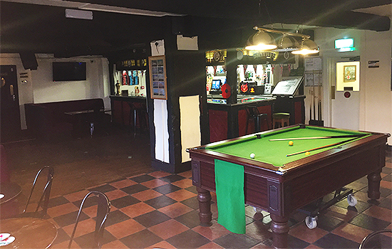 Admiral-Nelson-Pub-Bar-Restaurant-Happy-Hour-Pool-Table-Southend5