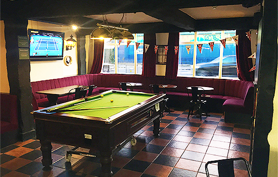 Admiral-Nelson-Pub-Bar-Restaurant-Happy-Hour-Pool-Table-Southend7