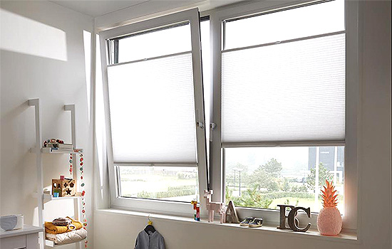 Art-Blinds-And-Shutters-Canopies-Venetians-Luxaflex-Powerview-Day-Blinds-Night-Blinds-Southend5