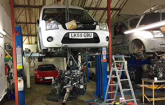 B-W-Motoring-Services-Car-And-Vehicle-MOT-Services-Vehicle-Repairs-Car-Repairs-Mechanic-Southend-24-Hour-Breakdown-Service-Southend-Essex-8