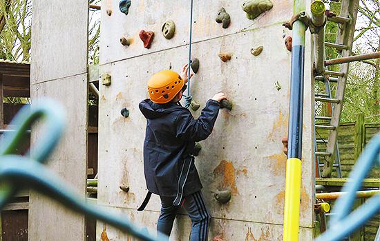 Belchamps-Scout-Activity-Centre-Kids-Fun-Scouting-Assult-Course-Rock-Climbing-Kids-Parties-Southend6