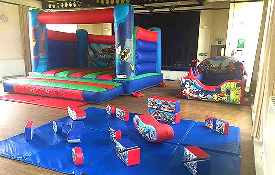 Chris'-Toy-Box-Bouncy-Castle-Hire-Southend
