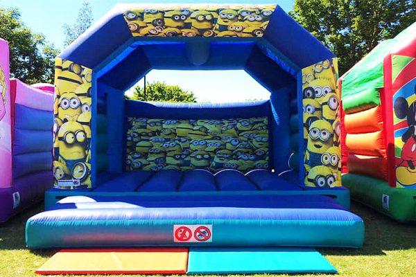 Chris'-Toy-Box-Bouncy-Castle-Hire-Toy-Shop-Southend3