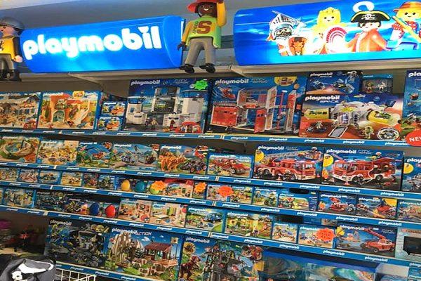 Chris'-Toy-Box-Bouncy-Castle-Hire-Toy-Shop-Southend5-1