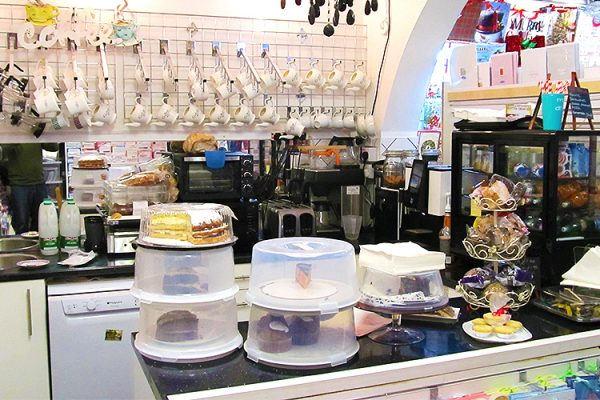 Gossip-Of-Great-Wakering-Cafe-Gift-Shop-Eating-Out-Southend2