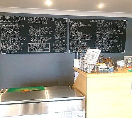 Hels-Kitchen-Homemade-Food-Takeaway-Healthy-Vegan-Food-Southend3-1