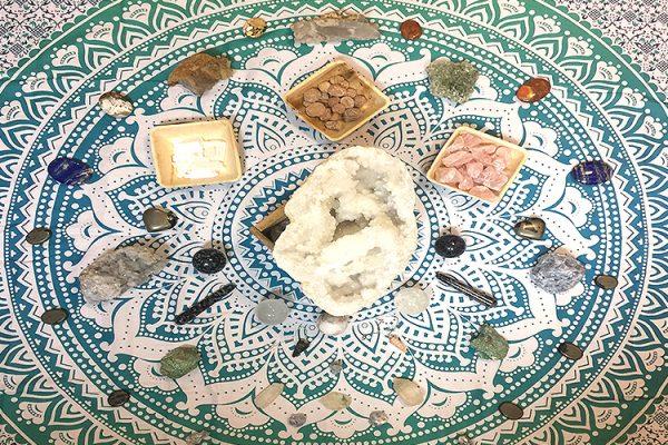 Jayworld-Crystals-Healing-Stones-Wellbeing-Meditation-Mental-Health-Shop-Southend4-1