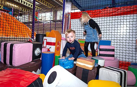 Kids-Kingdom-Soft-Play-Kids-Parties-Child-Care-Kids-Fun-Play-Area-Birthdays-Southend8