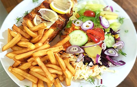 London-Cafe-Bistro-Eating-Out-Restaurant-Cocktails-Southend-Lunch-Dinner-Order-Online-Meal-Deals-Southend7