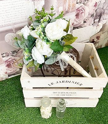 The-Flower-Stores-Florist-Wedding-Flowers-Funeral-Occasional-Flowers-Banners-Gift-Bags-Bouquets-Southend6