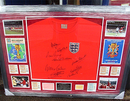 WDW-Signed-Memorabilia-Autograph-Collecter-Historic-Memorabilia-Southend9